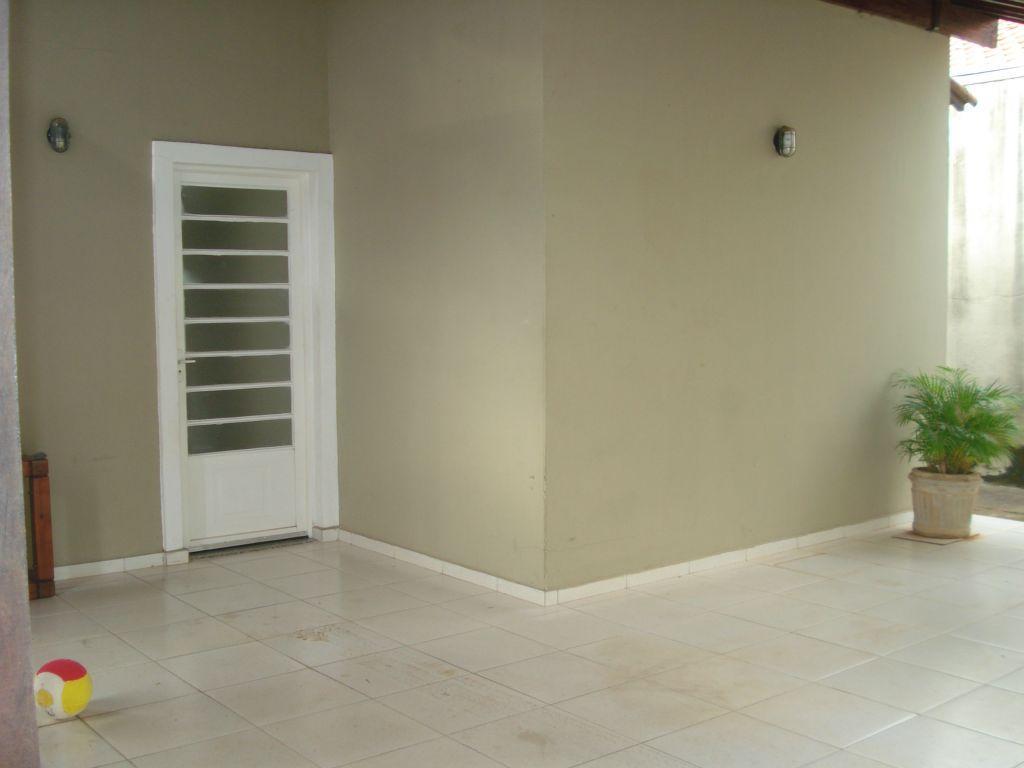 Casa residencial à venda, Beija-Flor II, Uberaba - CA0310.