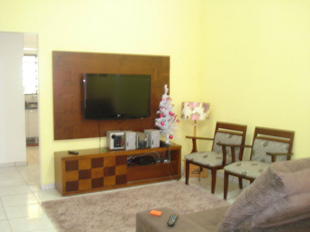 Casa residencial à venda, Jardim Nenê Gomes, Uberaba - CA056