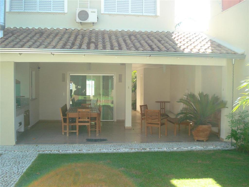 Casa residencial à venda, Mercês, Uberaba - CA0247.