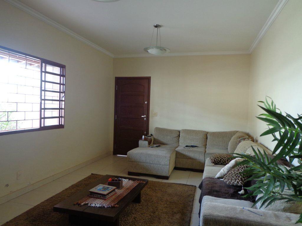 Casa residencial à venda, São Sebastião, Uberaba - CA0648.