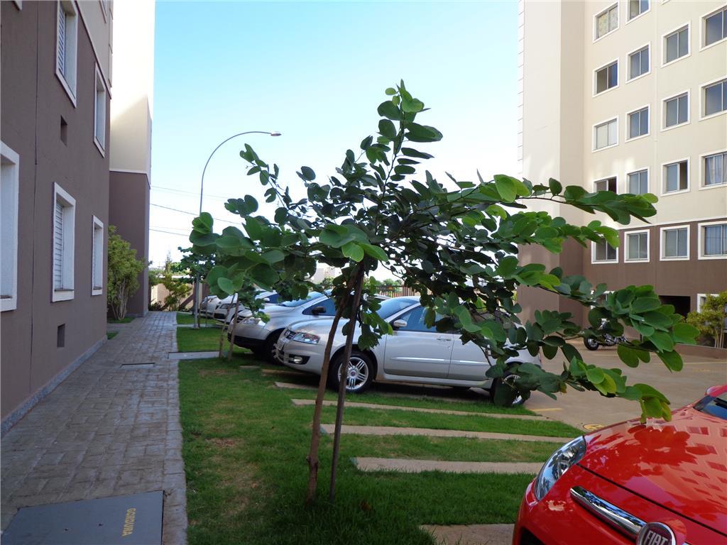 Apartamento em excelente localização,com 2 dormitórios ,sala cozinha; área de serviço,banheiro social e 1 garagem, área de lazer , portaria 24h.