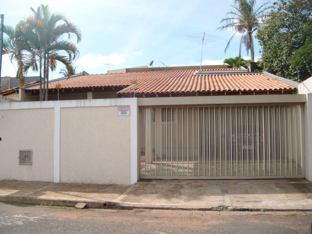 Casa residencial à venda, Conjunto Frei Eugênio, Uberaba.