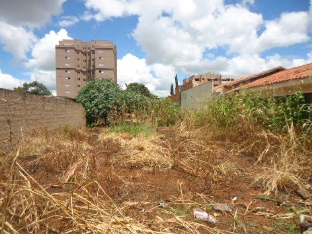 Terreno residencial à venda, Santa Maria, Uberaba - TE0059. de Vínculo Imóveis.'