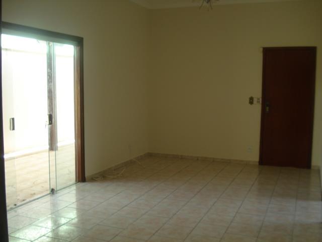 Casa residencial à venda, Jardim São Bento, Uberaba - CA0595