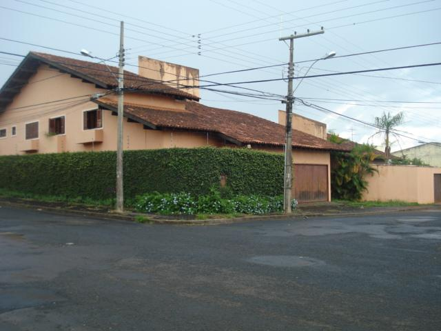 Casa residencial à venda, Universitário, Uberaba.