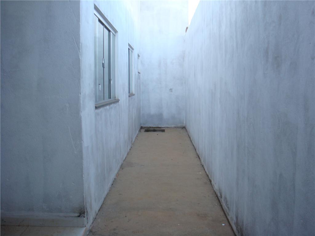 Casa residencial à venda, Jardim Nenê Gomes, Uberaba - CA047