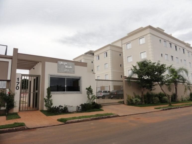 Apartamento com 2 dormitórios para alugar, 61 m² por R$ 1.000/mês - Universitário - Uberaba/MG