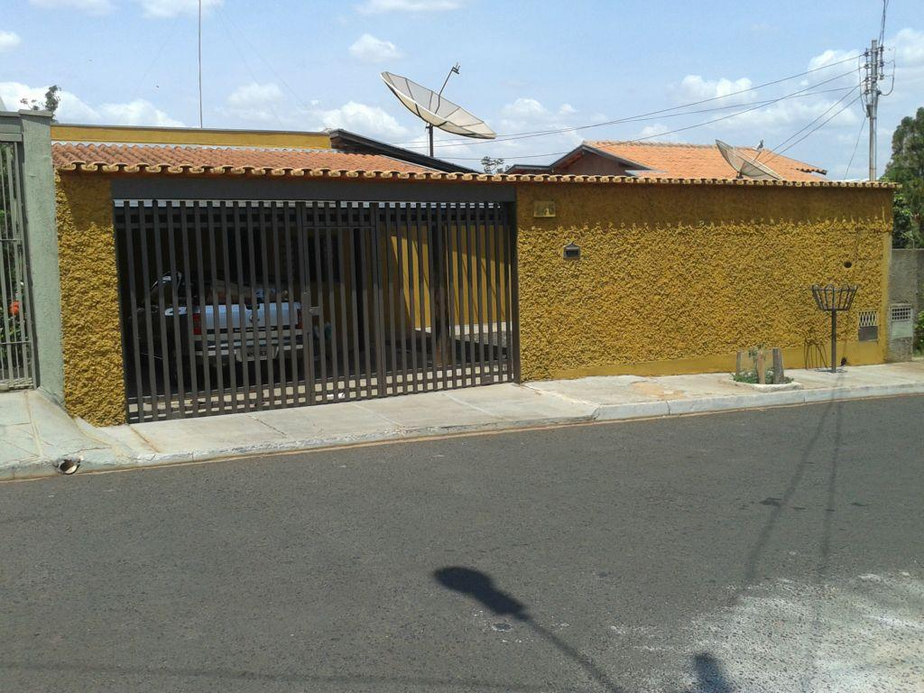 Casa residencial à venda, Conjunto Pontal, Uberaba - CA0498.