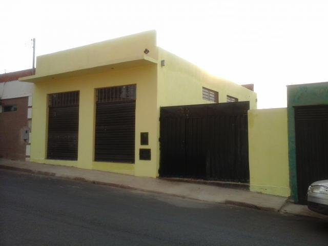 Galpão comercial à venda, Núcleo Habitacional Silvério Cartafina, Uberaba - GA0016.