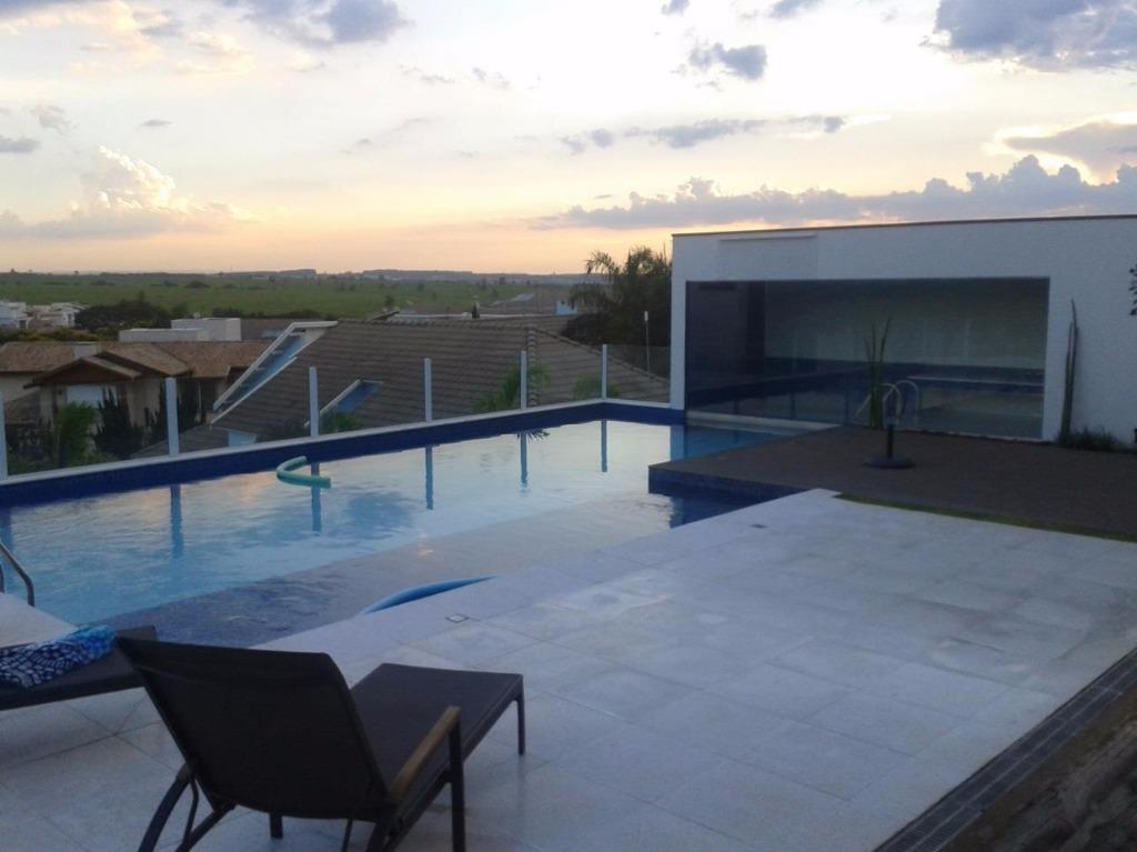 Casa de 4 dormitórios em Jardim Vila Paradiso, Indaiatuba - SP