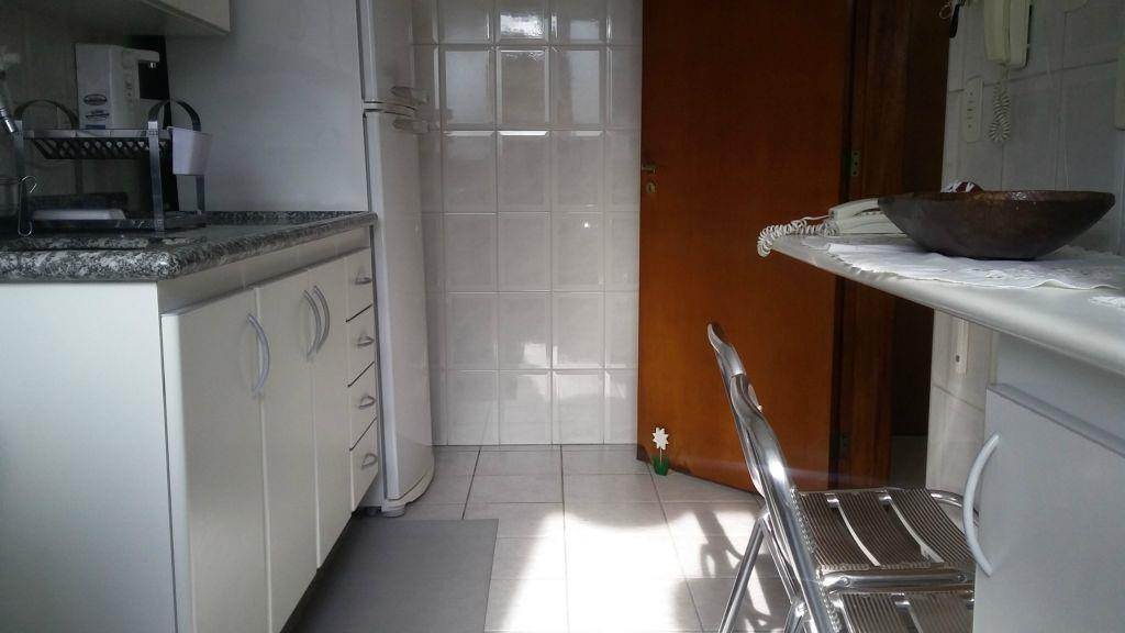 Apartamento de 3 dormitórios em Vila Itapura, Campinas - SP