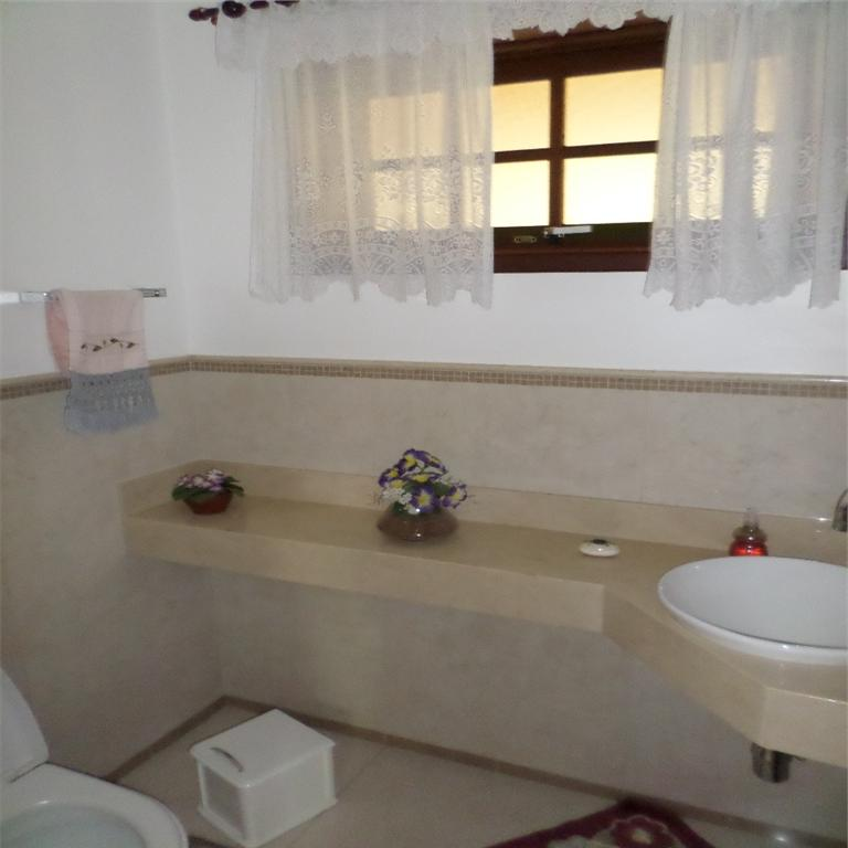 Casa de 5 dormitórios em Vila Brandina, Campinas - SP