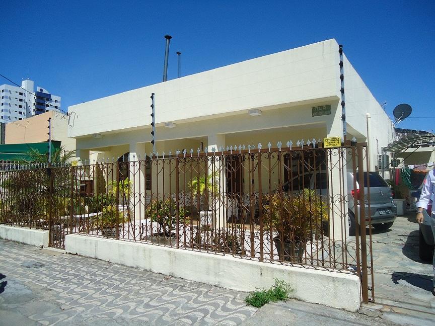 Casa de Esquina na Hermes Fontes de MM Imóveis.'
