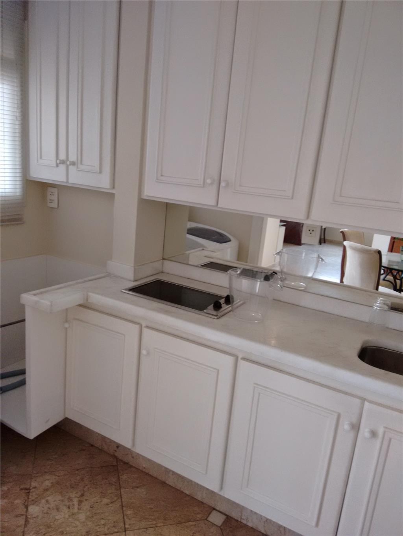 Apartamento de 2 dormitórios à venda em Vila Nova Conceição São  #614738 1024x1365 Banheiro Completo Autocad