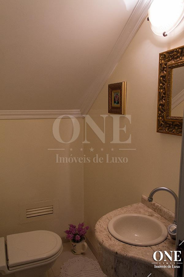 Casa de 4 dormitórios à venda em Santo Antônio, Porto Alegre - RS