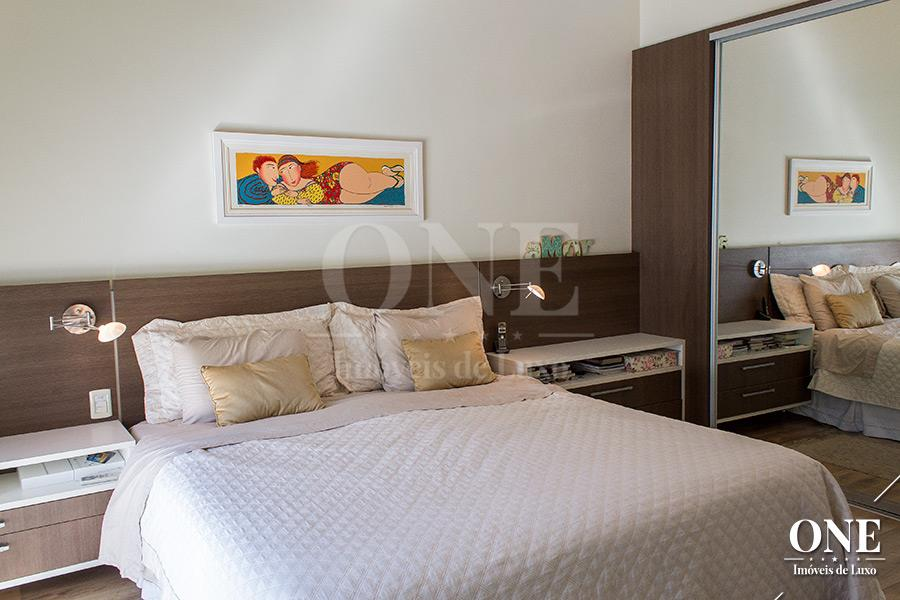 Casa de 4 dormitórios em Chácara Das Pedras, Porto Alegre - RS