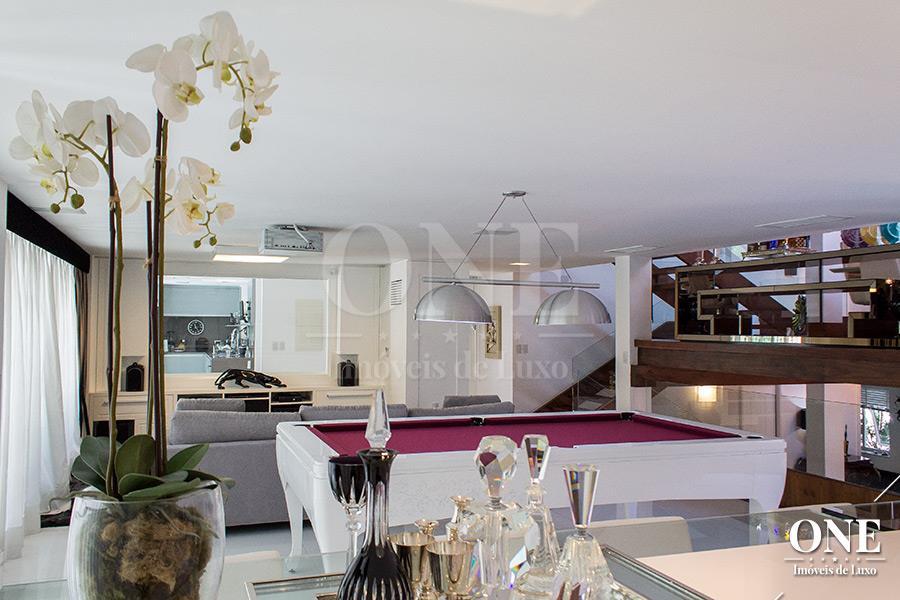 Casa de 2 dormitórios à venda em Petrópolis, Porto Alegre - RS