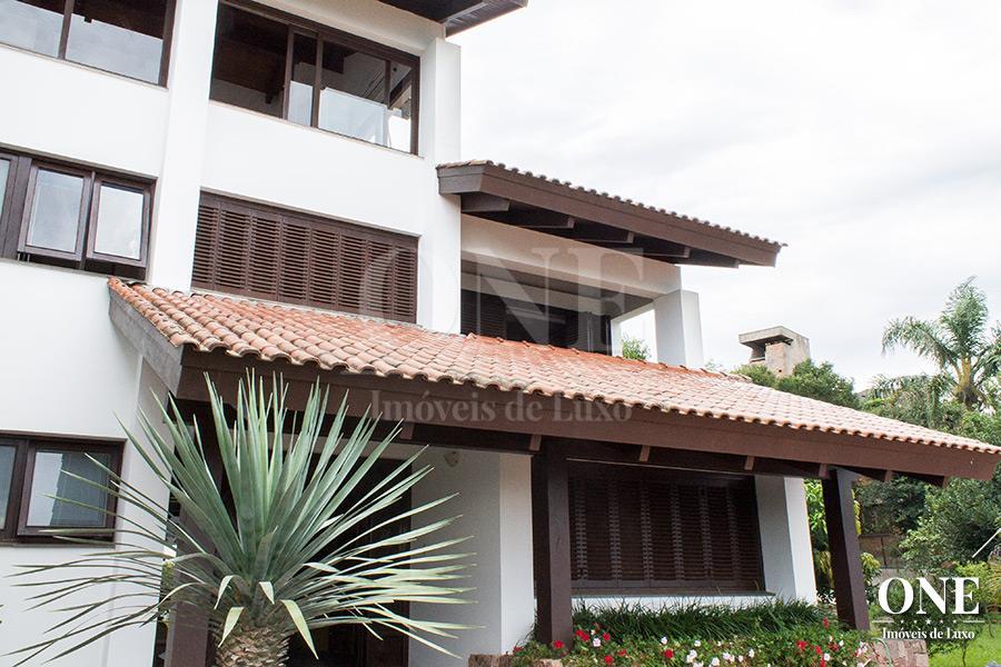 Casa de 4 dormitórios em Teresópolis, Porto Alegre - RS