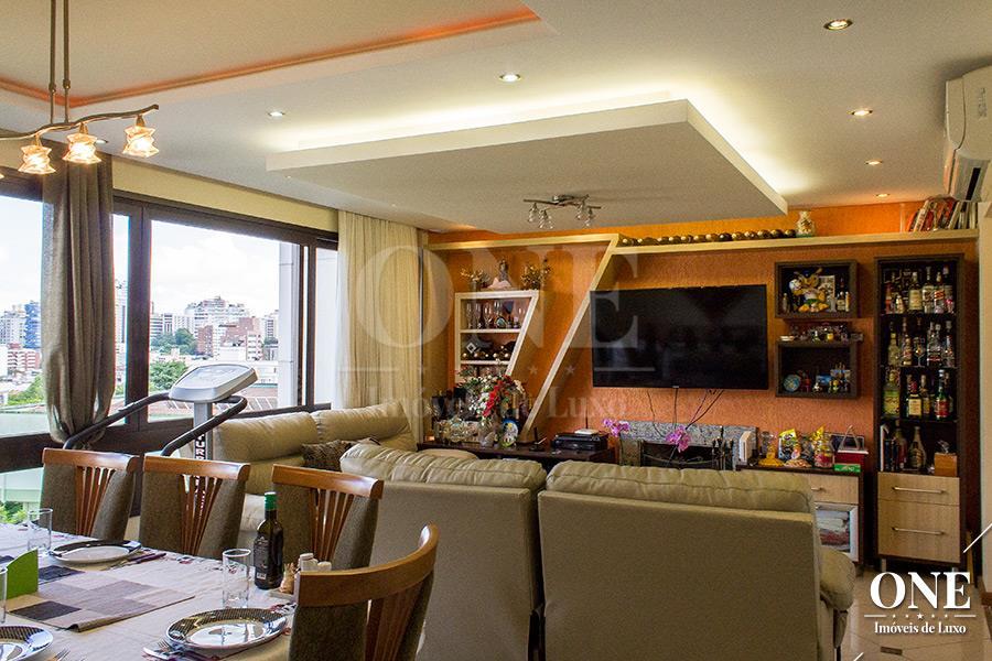 Apartamento de 4 dormitórios à venda em Rio Branco, Porto Alegre - RS