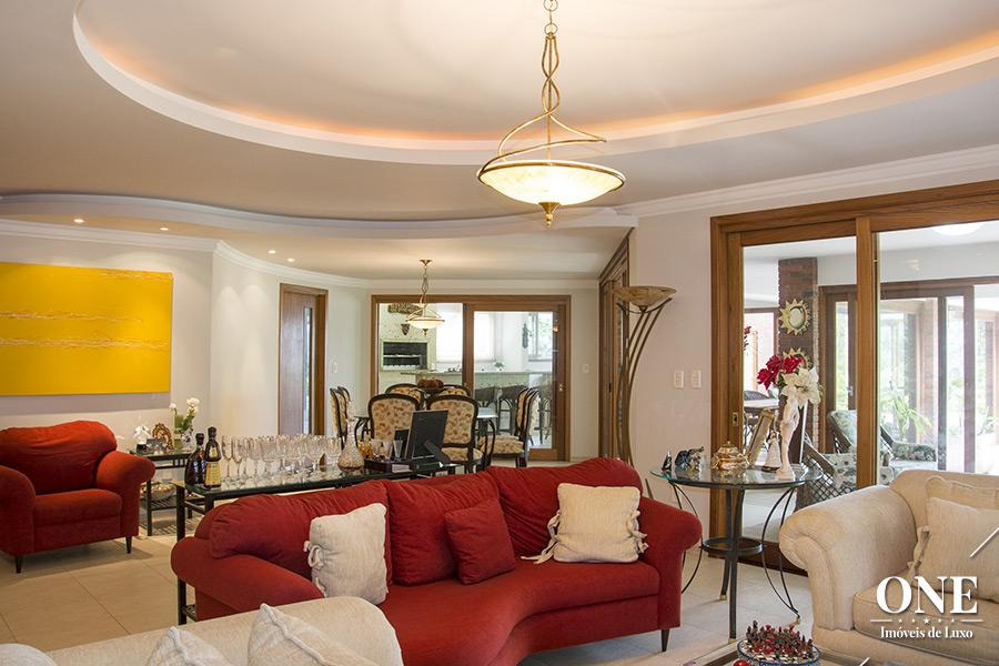 Casa de 5 dormitórios à venda em Cavalhada, Porto Alegre - RS