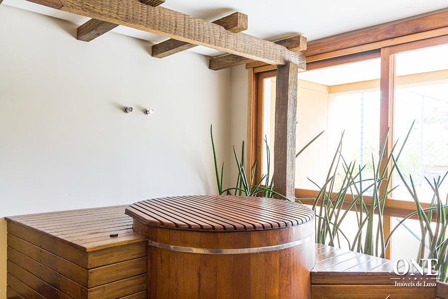 Casa de 5 dormitórios à venda em Três Figueiras, Porto Alegre - RS