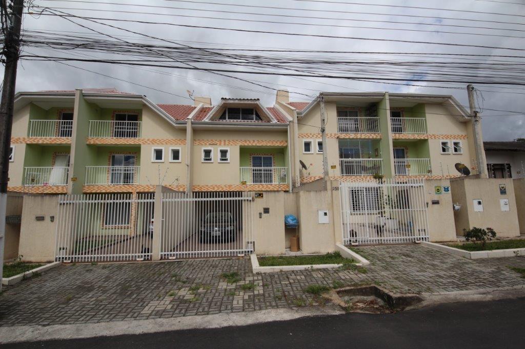 Sobrado de 4 dormitórios em Campo Comprido, Curitiba - PR