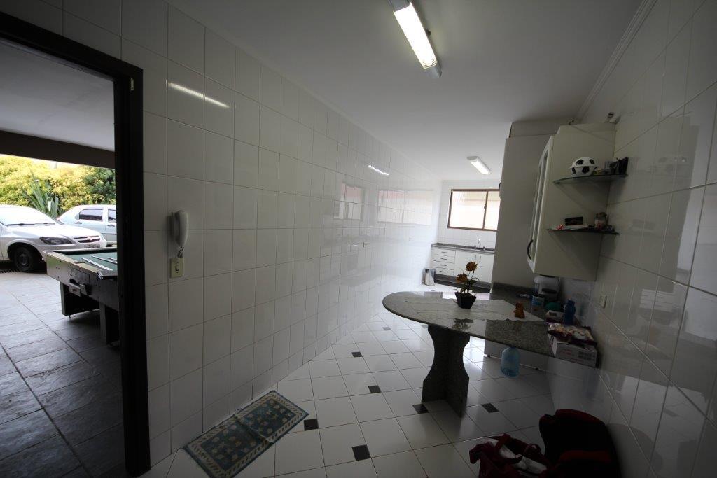 Casa de 3 dormitórios à venda em Boa Vista, Curitiba - PR