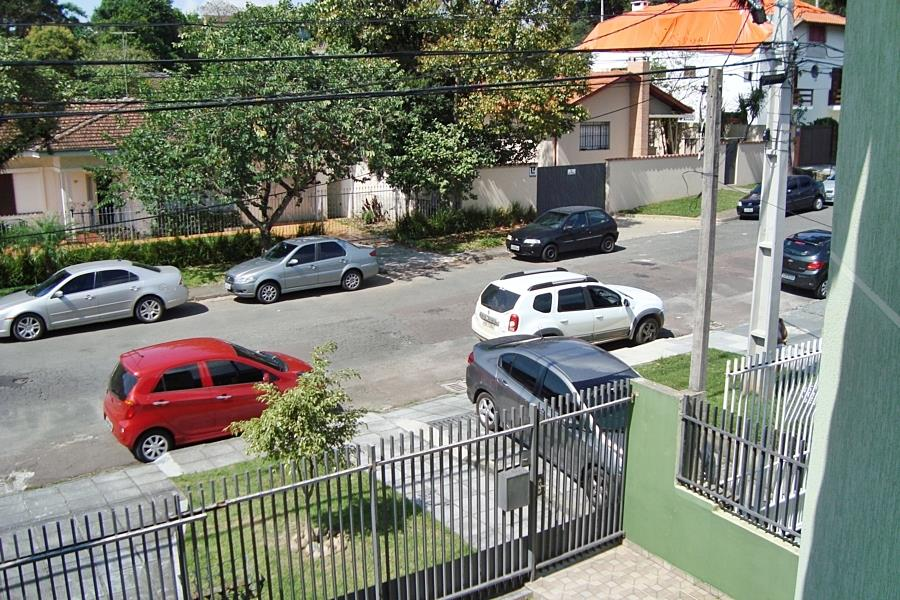 Sobrado de 3 dormitórios em Centro Cívico, Curitiba - PR