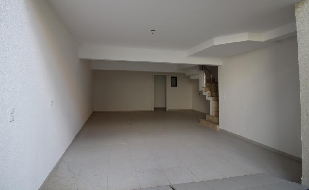 Sobrado de 3 dormitórios à venda em Bom Retiro, Curitiba - PR