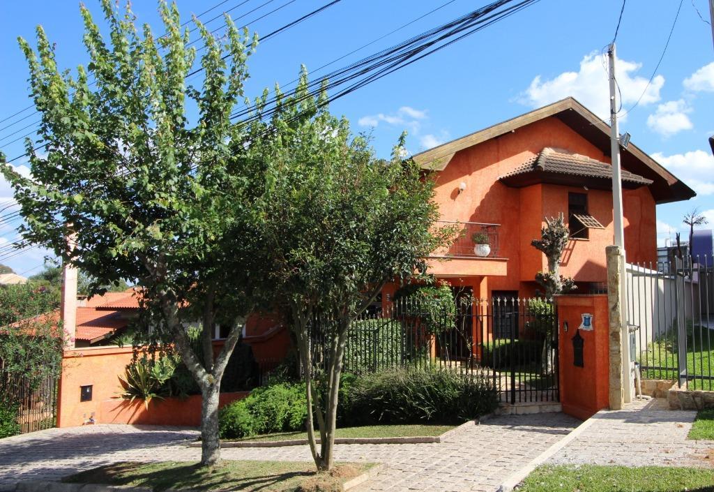 Casa de 3 dormitórios à venda em Cascatinha, Curitiba - PR