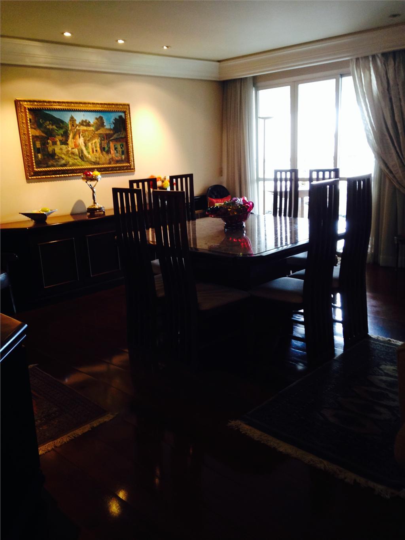 Apartamento de 4 dormitórios à venda em Batel, Curitiba - PR