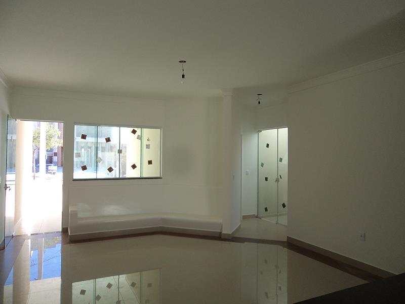 Casa  residencial à venda, Condomínio Horto Florestal III, S de Plus Negocios Imobiliarios.'