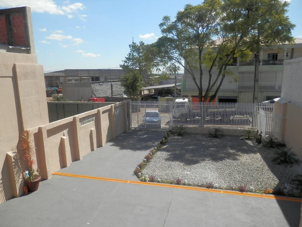 Prédio em Neoville, Curitiba - PR