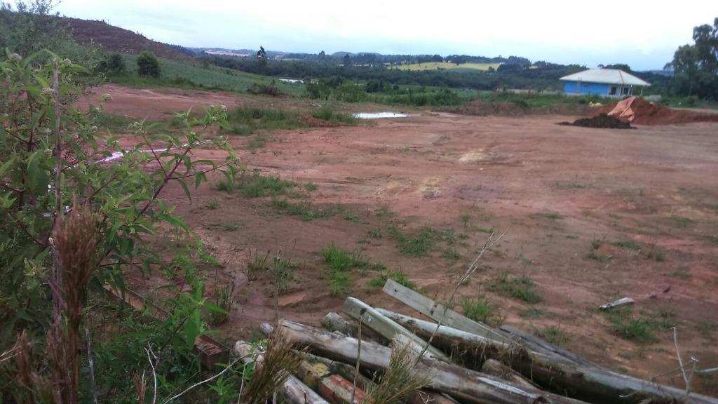 Área à venda em Pioneiros, Fazenda Rio Grande - PR
