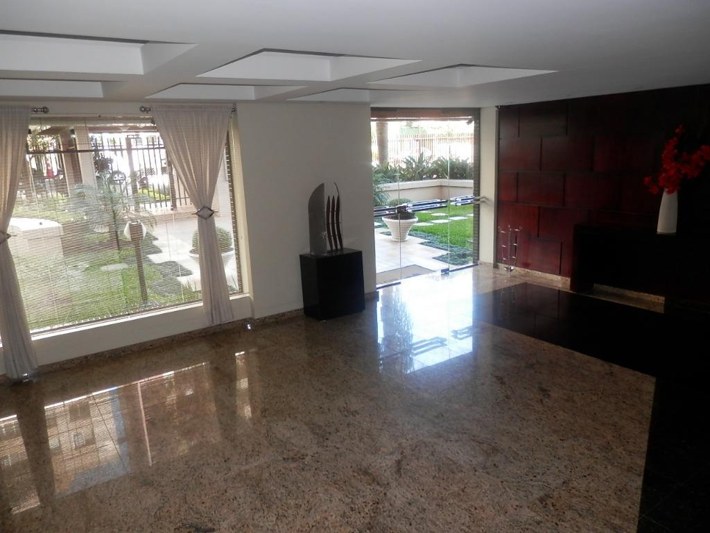 Apartamento de 4 dormitórios à venda em Cabral, Curitiba - PR