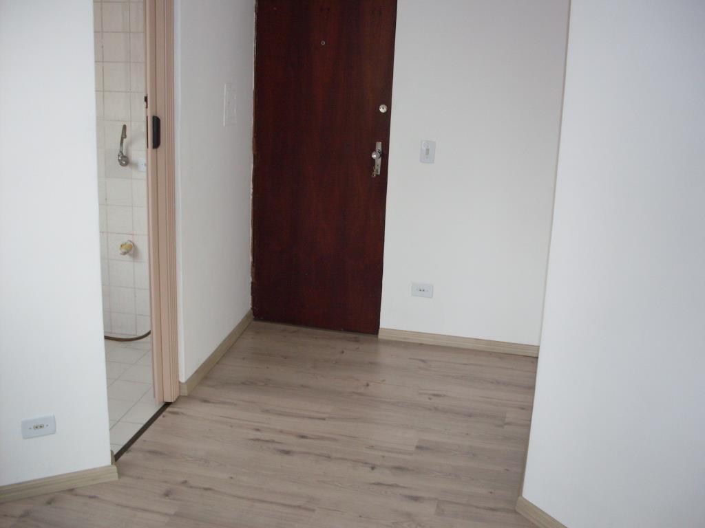 Apartamento de 1 dormitório em Champagnat, Curitiba - PR