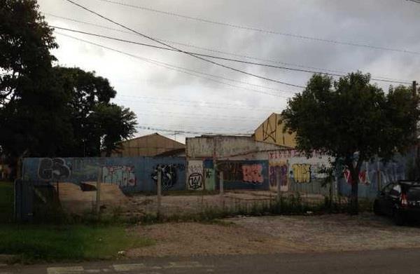 Terreno em Boqueirão, Curitiba - PR