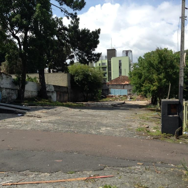 Terreno em Vila Izabel, Curitiba - PR