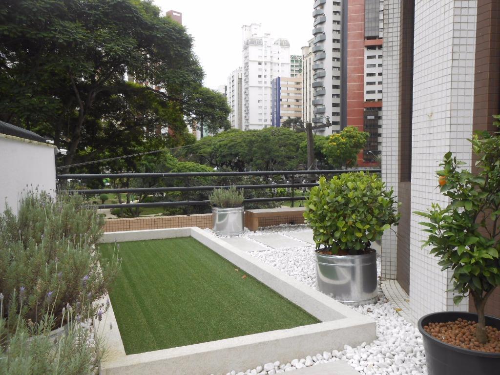 Conjunto em Água Verde, Curitiba - PR