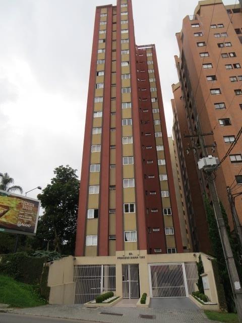Kitnet de 1 dormitório à venda em Bigorrilho, Curitiba - PR