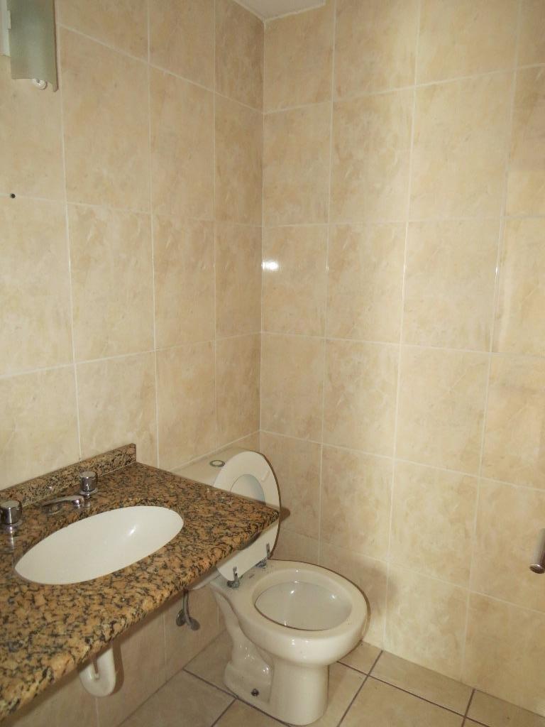 Apartamento de 2 dormitórios em Alto Da Glória, Curitiba - PR