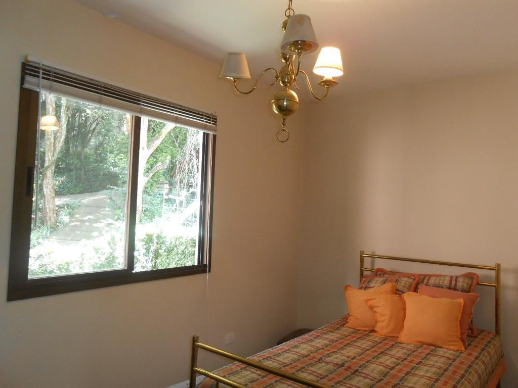 Sobrado de 3 dormitórios em Pilarzinho, Curitiba - PR