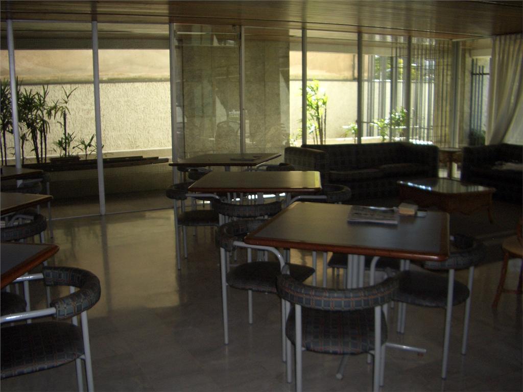 Apartamento de 4 dormitórios para alugar em Batel Curitiba PR  #998D32 1024x768 Banheiro Bbb