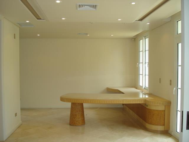 Casa de 4 dormitórios à venda em Vista Alegre, Curitiba - PR