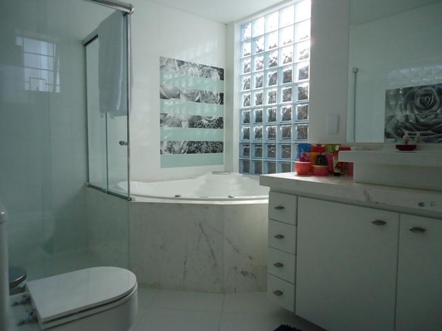 Casa de 4 dormitórios à venda em Lindóia, Curitiba - PR