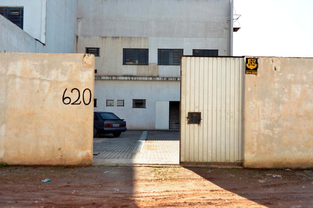 Barracão Industrial e Comercial de 2 Pavimentos à venda, Ube