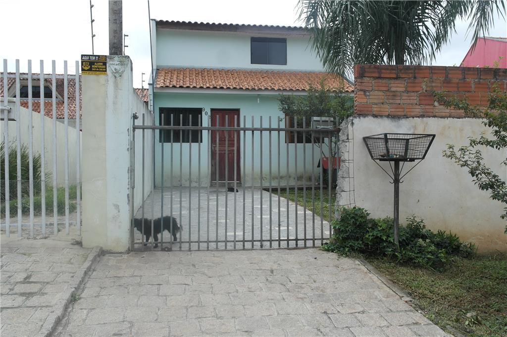 Braga, a 4 Km do centro de são José dos Pinhais - Casa à ven