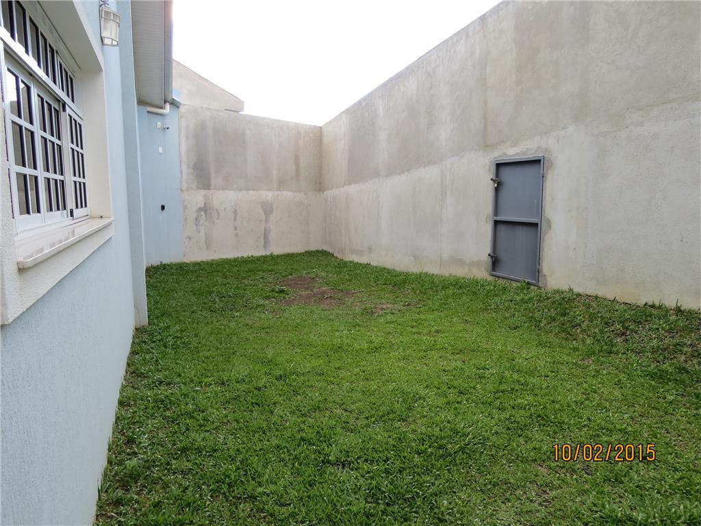 Sobrado de 3 dormitórios em Taboão, Curitiba - PR