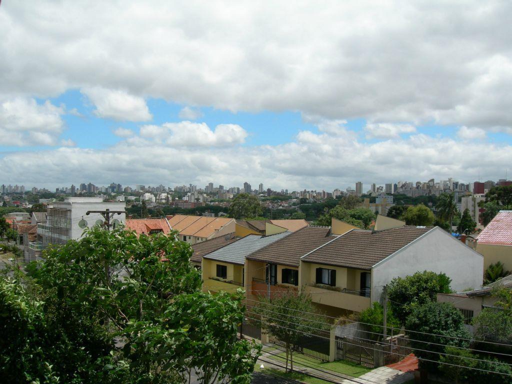 Casa de 3 dormitórios em Santa Quitéria, Curitiba - PR
