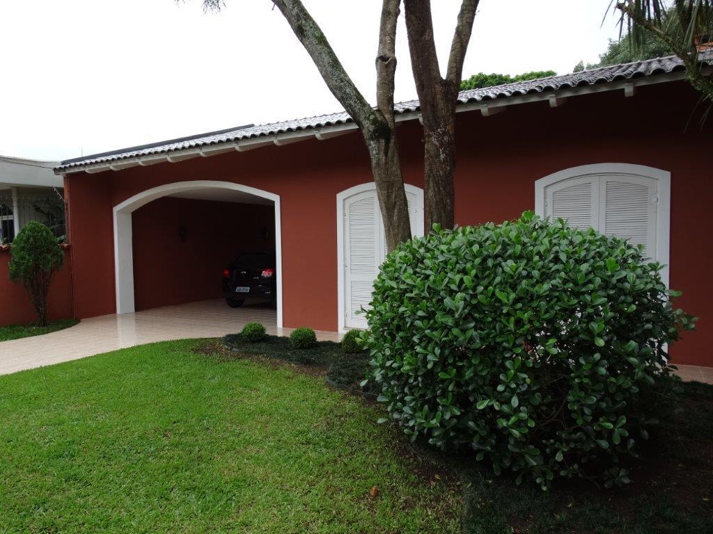Casa de 4 dormitórios em Batel, Curitiba - PR